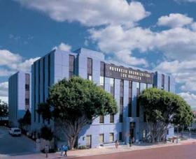 Haladó Szervezet, Los Angeles, Kalifornia