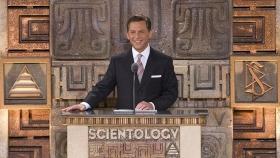 David Miscavige, a Szcientológia vallás vezetője, a Religious Technology Center Vezetőtestületének Elnöke vezette az új mexikói ideális Szcientológia szervezet megnyitóünnepségét.