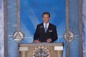David Miscavige, a Religious Technology Center Vezetőtestületének Elnöke, a Szcientológia vallás egyházi vezetője tartotta az új Las Vegas-i Szcientológia Egyház és Hírességek Központjának avatóját.