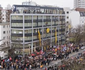 2007. január 13-án több ezer szcientológus, illetve az ENSZ-től, az USAnagykövetségétől és európai hírközlő szervezetektől érkező vendég vett részt a Berlini Szcientológia Egyház megnyitásának nagy horderejű ünnepségén.