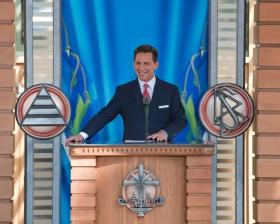 David Miscavige, a Religious Technology Center Vezetőtestületének Elnöke, a Szcientológia vallás vezetője 2009. április 4-én tartotta meg az új Malmői Szcientológia Egyház avatóját és megnyitóünnepségét.